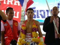 Menayothin: Two Close Calls Before Making 49-0-0.