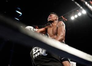 Alvarez Shocks Kovalev In Atlantic City