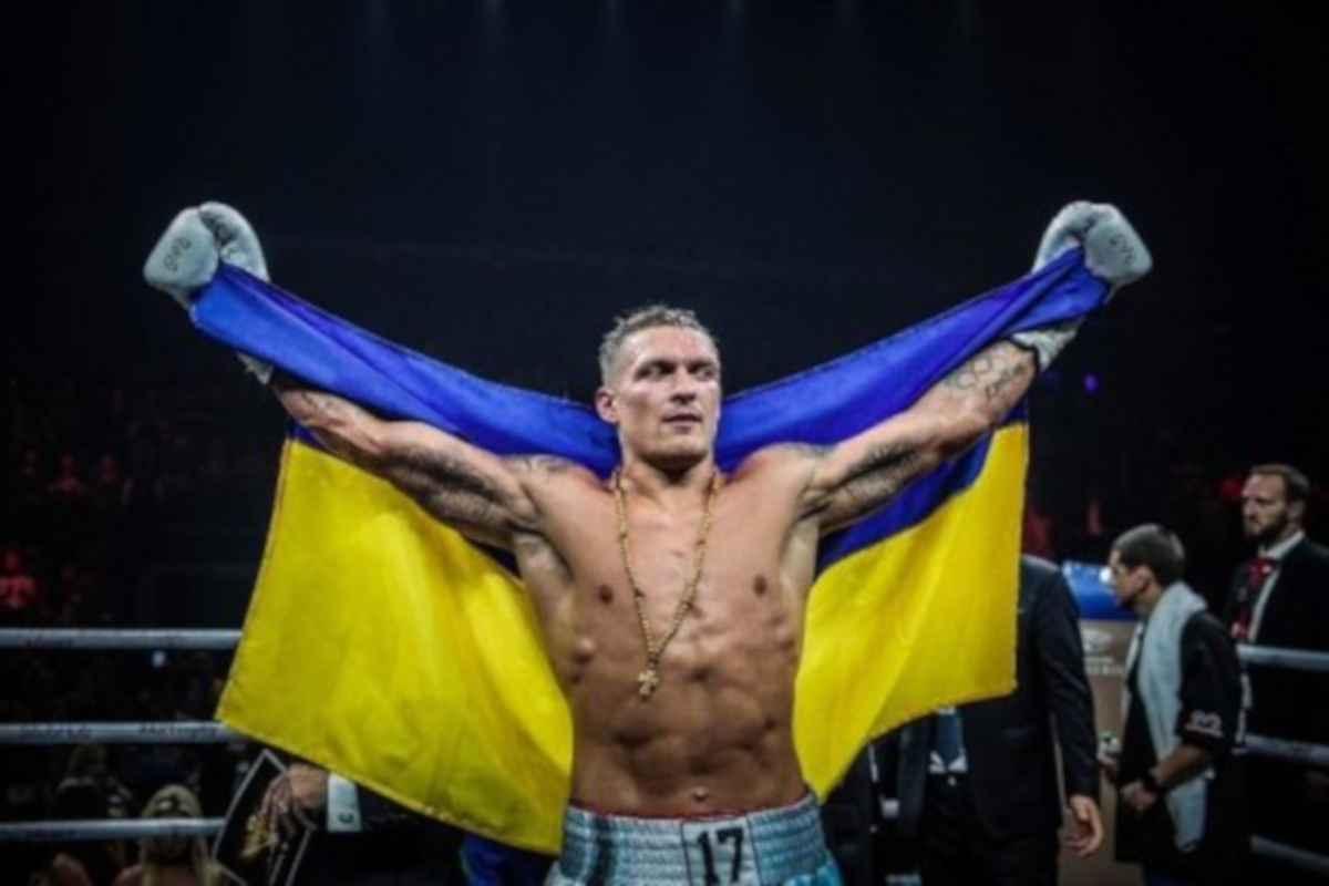 Oleksandr Usyk Makes Heavyweight Debut Against Carlos Takam