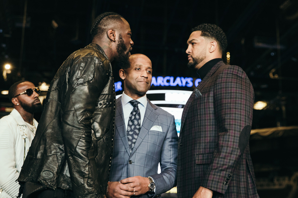 Deontay Wilder crushes Dominic Breazeale in opening round