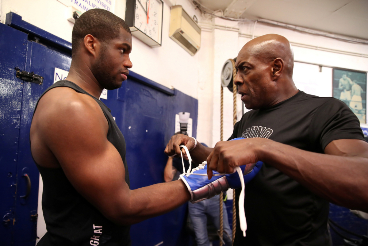 Daniel Dubois and Frank Bruno (Action Images/Reuters)