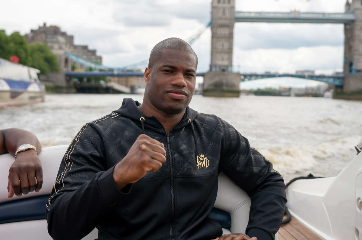 Daniel Dubois is taking driving lessons