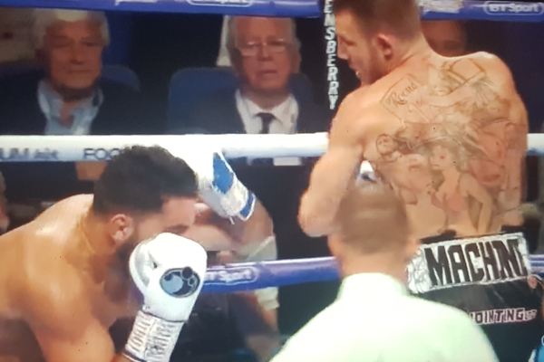 Liam Williams lands statement stoppage, while Sharp and Edwards both excel; Heavy Duty undercard report & results