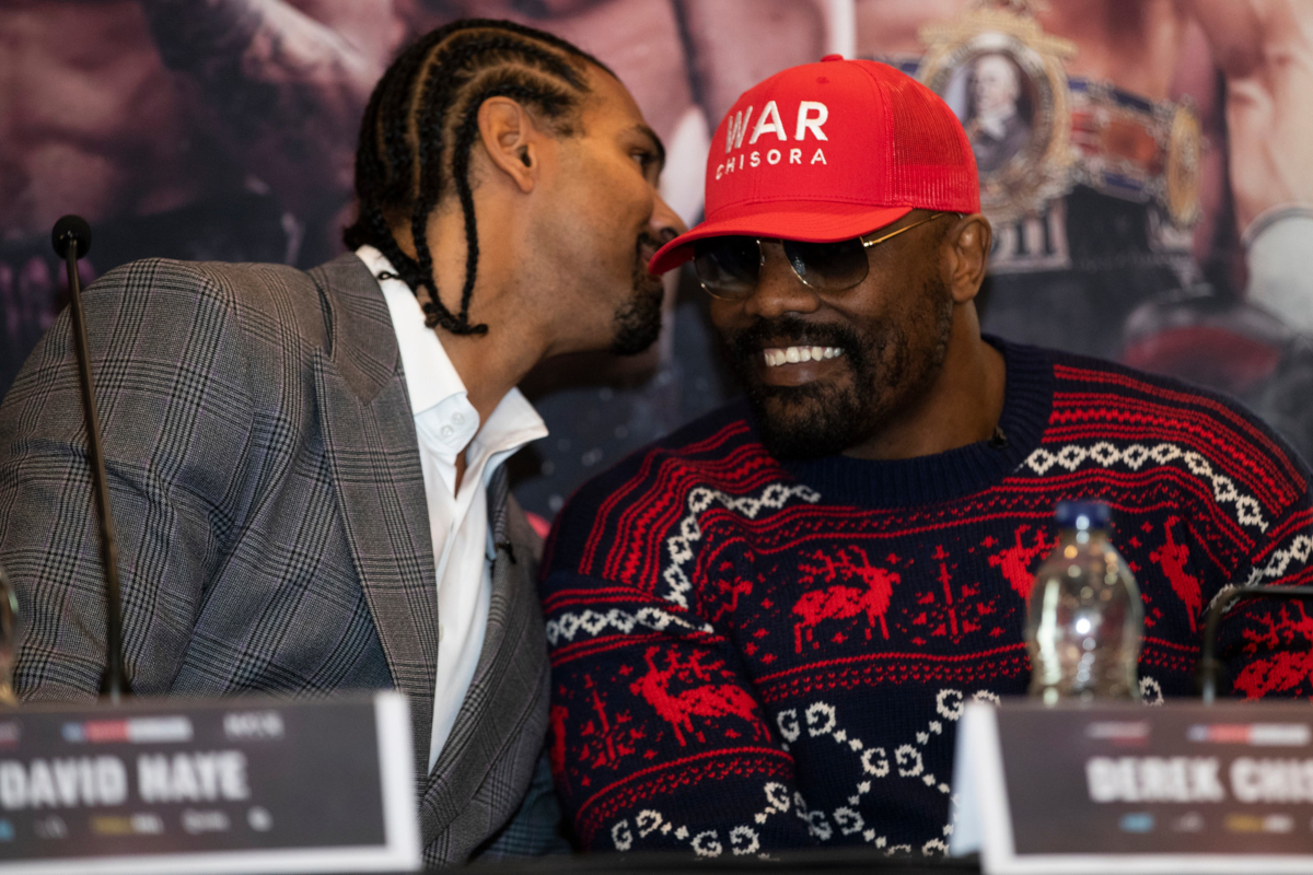 David Haye with Dereck Chisora (Mark Robinson/Matchroom)