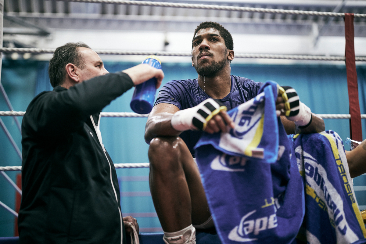 Anthony Joshua and trainer Rob McCracken
