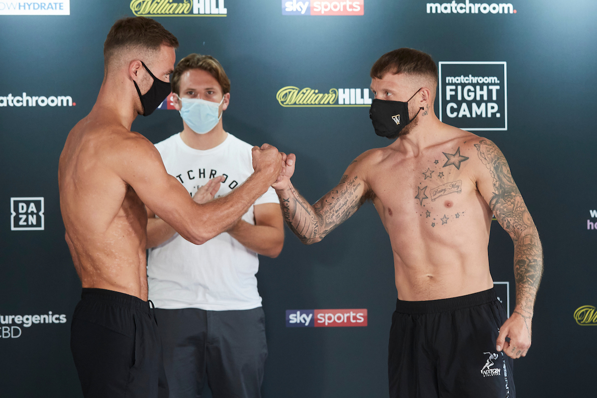 Felix Cash vs Jason Welborn (Mark Robinson/Matchroom)