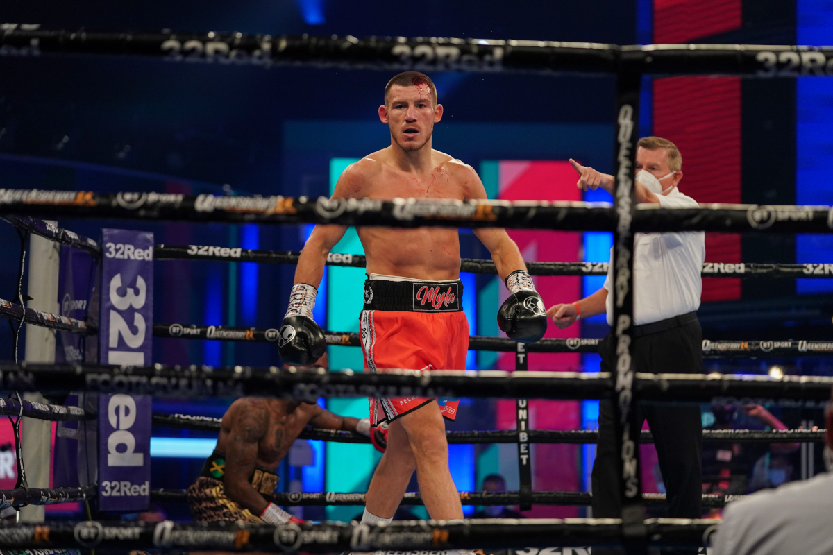 Liam Williams vs Andrew Robinson ends in 88 seconds