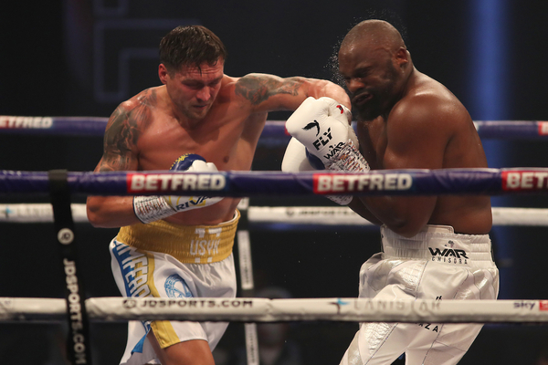 Oleksandr Usyk unable to stop Dereck Chisora, question marks remain