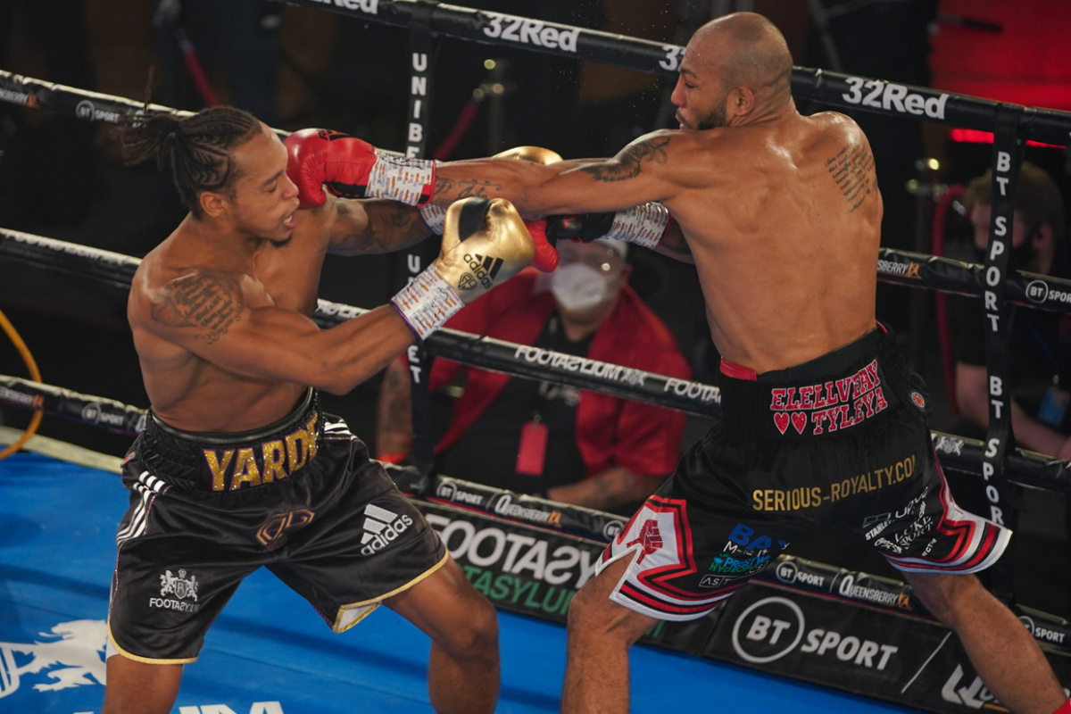 Anthony Yarde vs Lyndon Arthur action