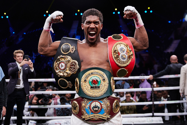 Tyson Fury and Anthony Joshua the latest two of 18 fighters to regain world heavyweight title