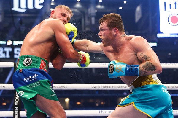 WBC and WBA super middleweight champion Canelo Alvarez stops WBO champion Billy Joe Saunders in eight